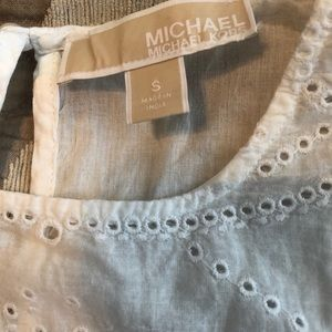 MICHAEL Michael Kors Tops - EUC MICHAEL Michael Kors Cotton Top! Size small